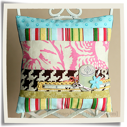 Strips pillow blog02